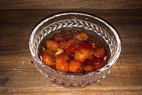 Рецепт варенье из черешни с грецким орехом
