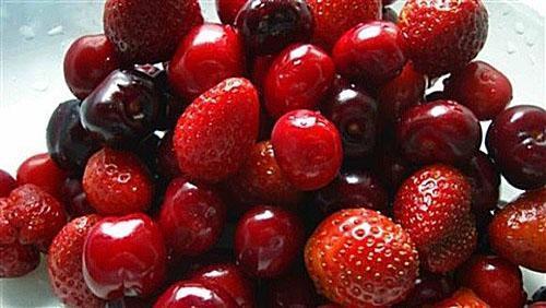 хорошо промыть ягоды