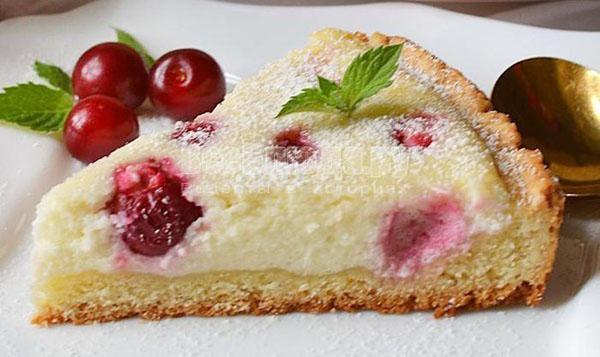 Пирог творожный с вишней рецепт с фото пошагово