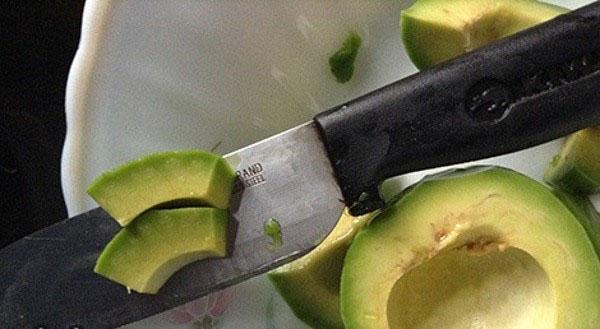 авокадо нарезать дольками