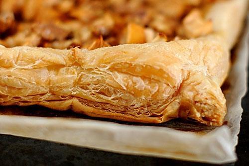 Пирог с ревенем из слоеного теста рецепт