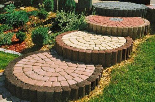 оригинальные ступени из камня и дерева