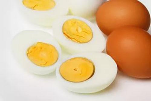 добавка к пище отварное яйцо
