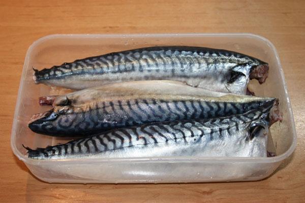 размораживаем рыбу