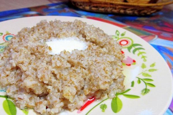 каша пшеничная с маслом