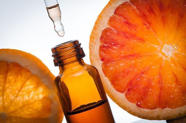 в уходе за кожей используем масло апельсина