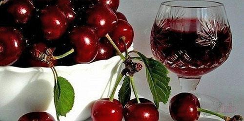 спелые вишни для вина