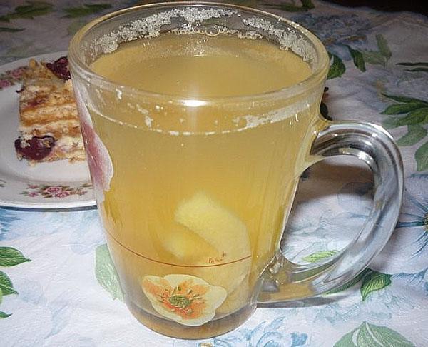 чашка с компотом