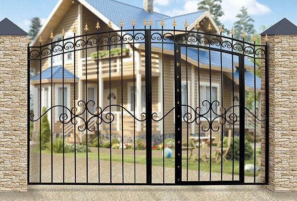 распашные ворота со встроенной калиткой