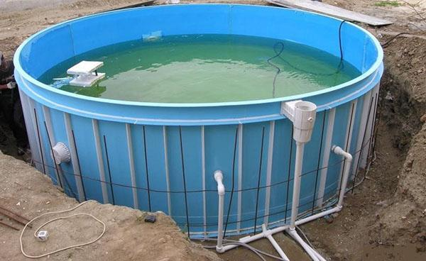 каркасный бассейн готов к эксплуатации