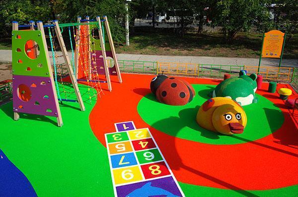 детская площадка из готовых элементов