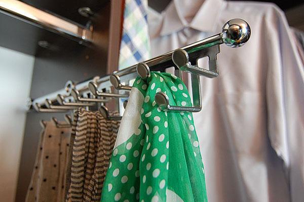 держатели для платков и галстуков
