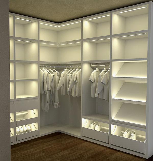 освещение секций гардеробной