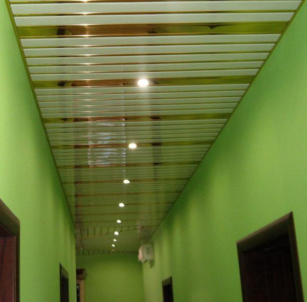 красивые потолочные панели