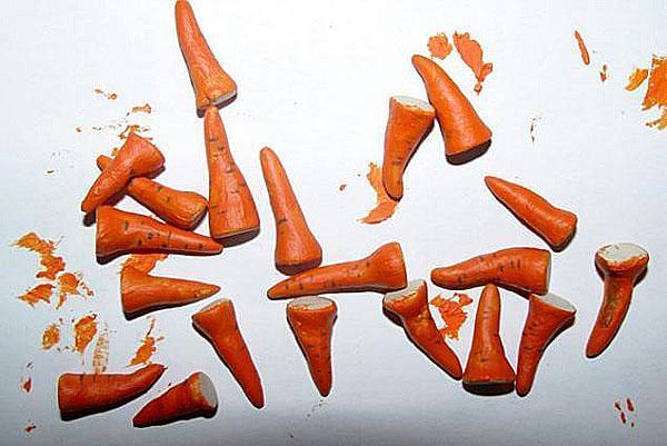 изготавливаем морковку-носик