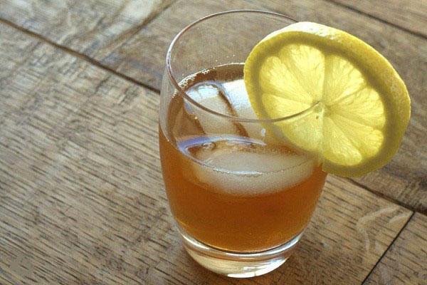 натуральный напиток из чайного гриба