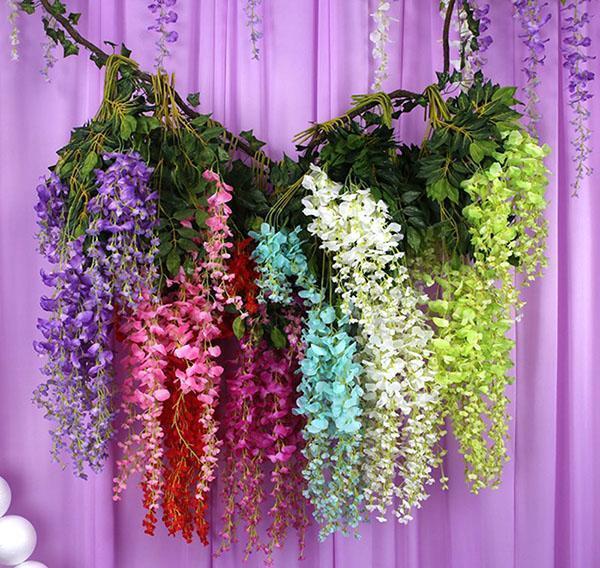 разный окрас цветов глицинии