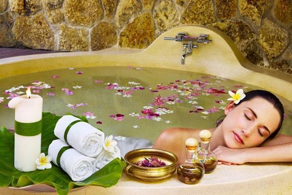 ванна с маслом гвоздики