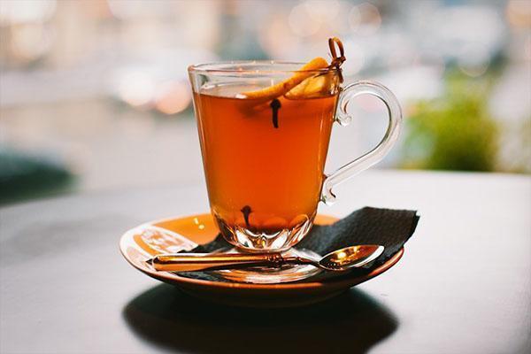 чай с лимоном и гвоздикой