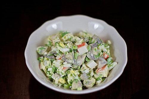 салат крабовый с маринованными грибами