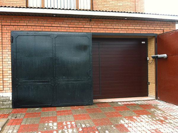 Красивые ворота в гараж своими руками 67