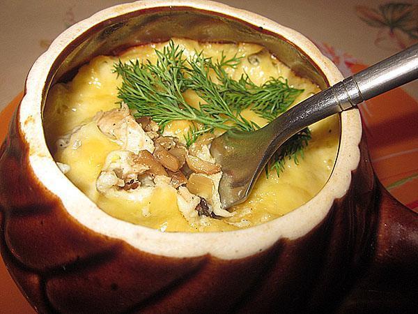 жульен с курицей и грибами на сковороде в духовке рецепт с фото