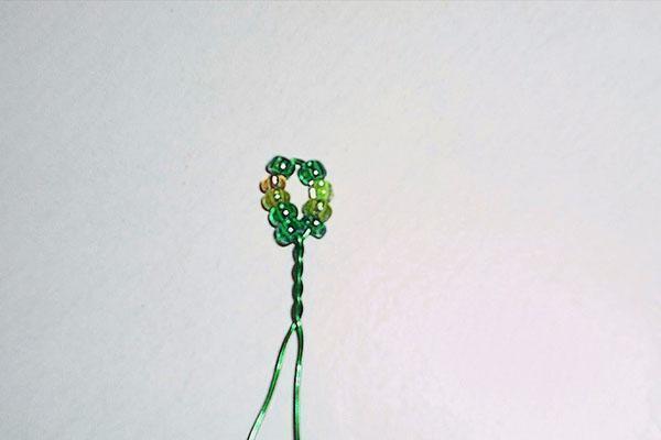 начало плетения веточки березы