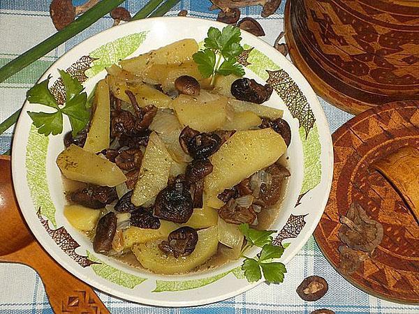 картошка с сушеными опятами