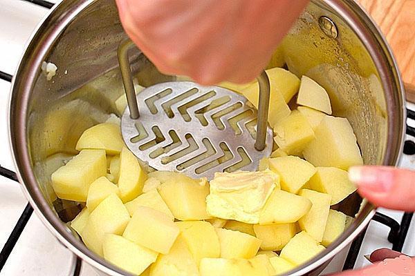 Как сделать вкусное пюре без молока и сливочного масла