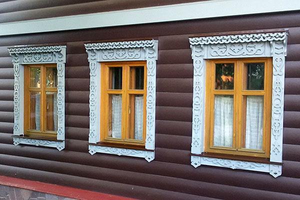 деревянные окна на даче