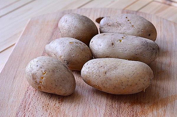 отварить картофель нечищенный