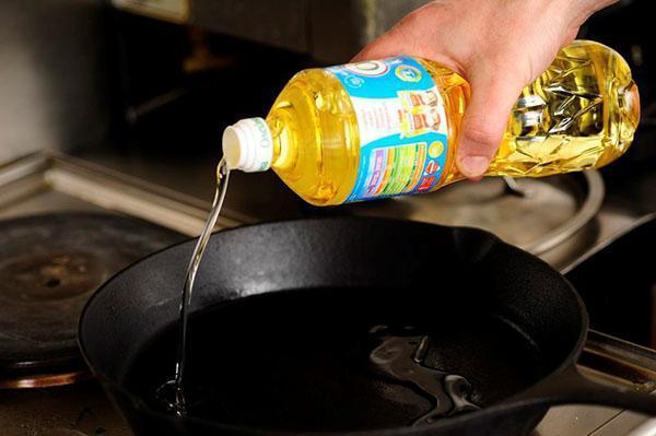 нагреть подсолнечное масла