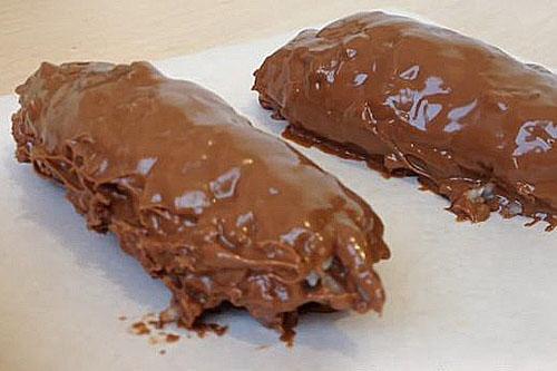 облить конфеты шоколадом