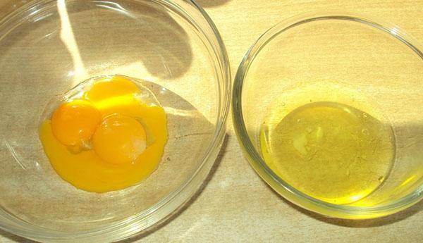 разделить желтки и белки