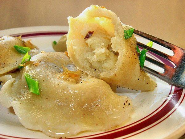вареники с картошкой и салом